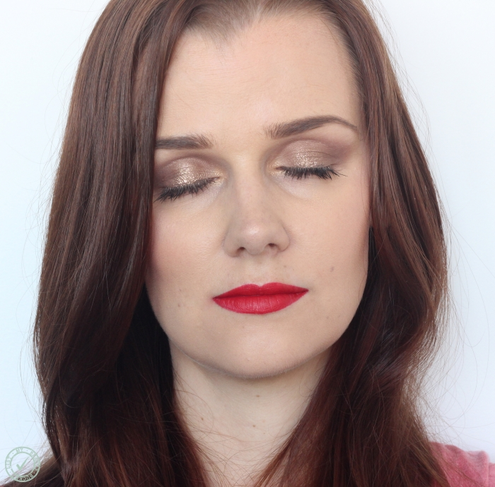 eye makeup to pair with red lips