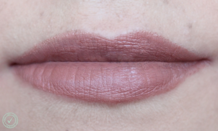 Rimmel The Only One Matte Trendsetter 700 swatch