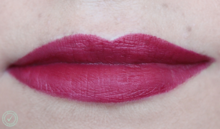 Rimmel The Only One Matte The Matte Factor 810 swatch